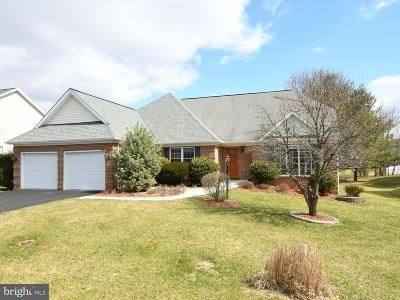 Charles Town Single Family Home For Sale: 398 Turnberry Drive