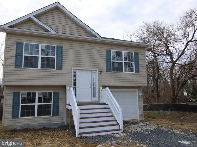 Edgewater MD Single Family Home For Sale: $399,999