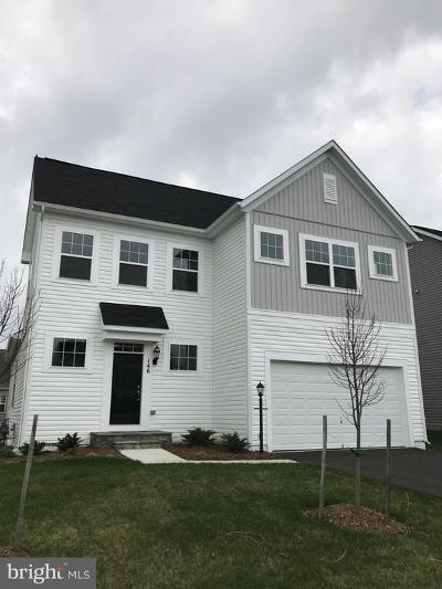 Frederick County Single Family Home For Sale: 146 Blackford Dr