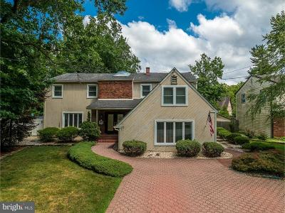 Cherry Hill Single Family Home For Sale: 114 Hart Road