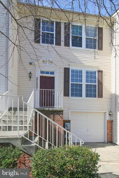 Townhouse For Sale: 20936 Mountain Lake Terrace #1904