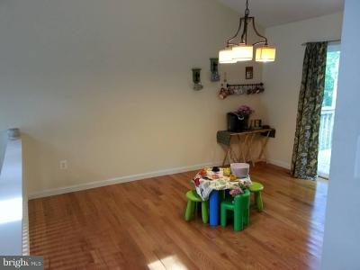 Warren Single Family Home For Sale: 5678 Linden Court