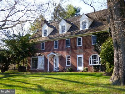 Kennett Square Single Family Home For Sale: 334 W Street Road
