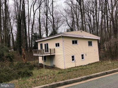 Lusby Single Family Home For Sale: 8270 Sycamore Road