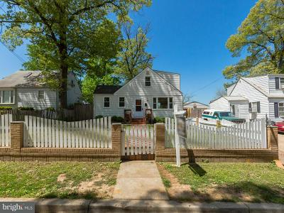Riverdale Single Family Home For Sale: 5902 63rd Avenue