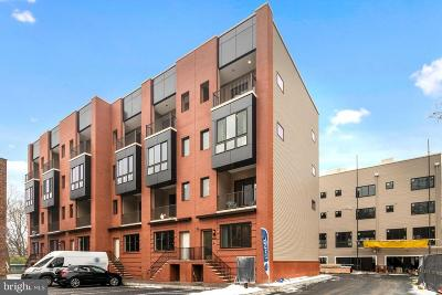 East Falls Townhouse Under Contract: 4442 Ridge Avenue #6