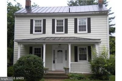 Caroline County, Culpeper County, Essex County, Fredericksburg City, Hanover County, King George County, Northumberland County, Richmond County, Spotsylvania County, Stafford County, Westmoreland County Rental For Rent: 201 Piedmont Street E