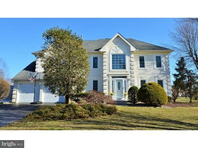 Plainsboro Single Family Home For Sale: 25 Kinglet Dr N