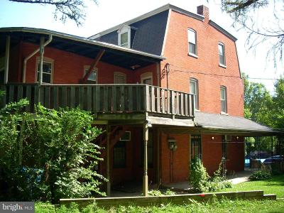 Lancaster Multi Family Home Under Contract: 14 N Broad Street