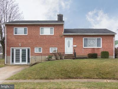 Baltimore Single Family Home For Sale: 7807 Gaywood Circle