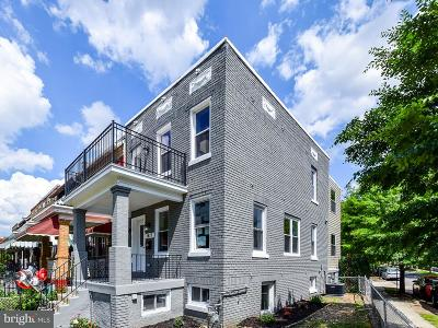 Washington DC Single Family Home For Sale: $965,000