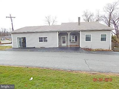 Middletown Multi Family Home For Sale: 55 Geyers Church Road