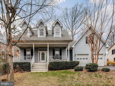La Plata Single Family Home For Sale: 612 Hickory Circle