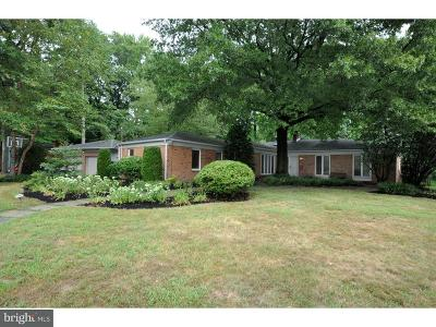 Moorestown Single Family Home For Sale: 1433 Georgian Drive