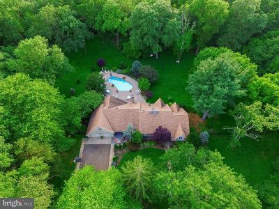 Cherry Hill Single Family Home For Sale: 990 Cropwell Road