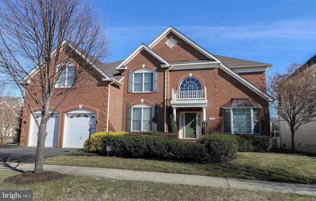 42516 Mandolin Street, Chantilly, VA | MLS# 1000343544 | Looking for