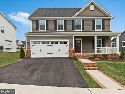 Dumfries Single Family Home For Sale: 2307 Sweet Pepperbrush Loop