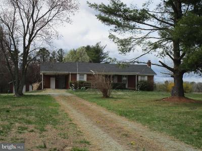 Stafford County, Caroline County, King George County, Culpeper County, Orange County Single Family Home For Sale: 3278 Ladysmith Road