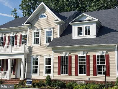 Frederick Single Family Home For Sale: Dresden Place