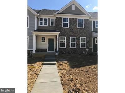 Chester Springs Townhouse For Sale: 303 Sun Valley Court #142