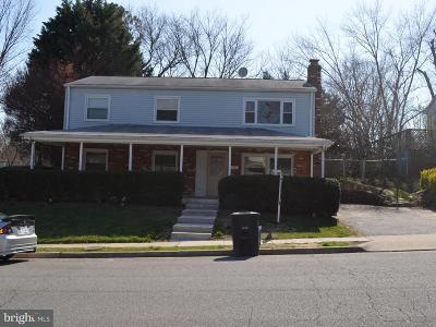 Dale City Single Family Home For Sale: 13206 Hampshire Court