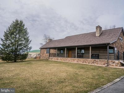 Cumberland County Single Family Home For Sale: 44 Lovers Lane