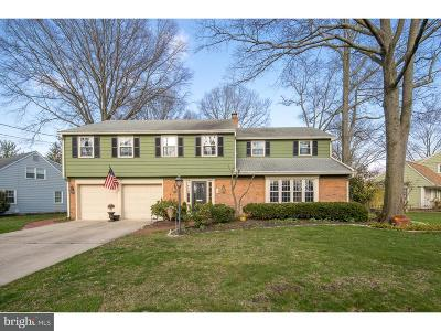 Cherry Hill Single Family Home For Sale: 105 Old Carriage Road
