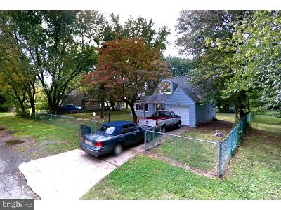 Bristol Single Family Home For Sale: 706 Winder Drive