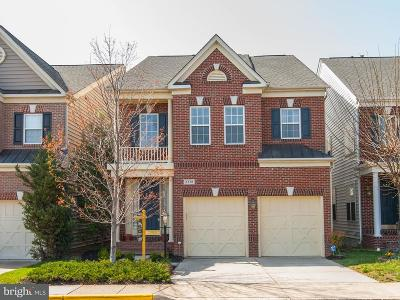 Herndon Single Family Home Active Under Contract: 2378 Stone Fence Lane