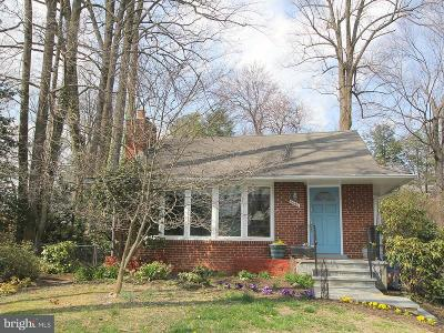 Falls Church Single Family Home For Sale: 6640 Moly Drive