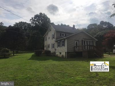 Fairfield PA Single Family Home For Sale: $159,995