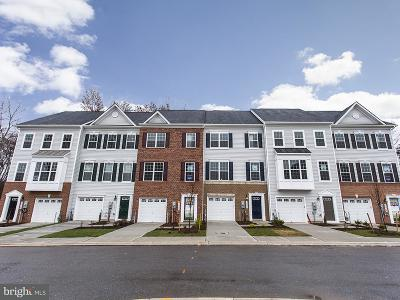 Hanover Single Family Home For Sale: Dorchester View