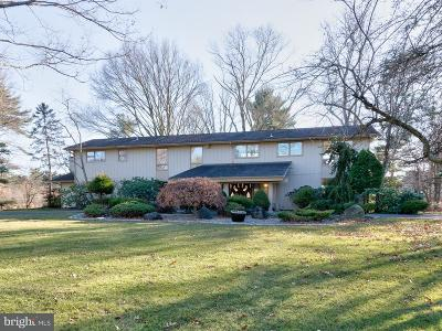 Cherry Hill Single Family Home For Sale: 1815 Country Club Drive