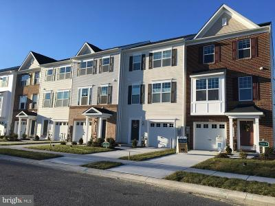 Dundalk Townhouse For Sale: 7644 Town View Drive