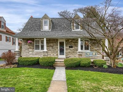 Mechanicsburg Single Family Home For Sale: 112 S George Street