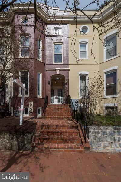 Washington DC Single Family Home For Sale: $1,375,000