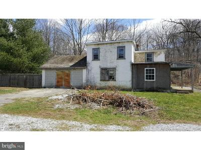 Coatesville PA Single Family Home For Sale: $76,000