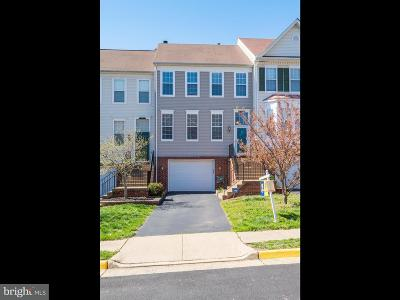 Centreville Townhouse For Sale: 14721 Beaumeadow Drive
