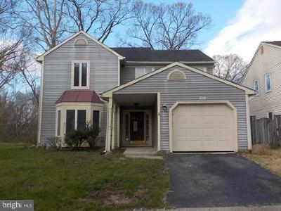 Prince Georges County Single Family Home Under Contract: 4921 Colonel Contee Place