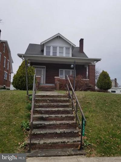 Shippensburg Single Family Home For Sale: 411 Franklin Heights