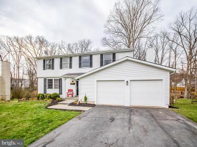 Gaithersburg Single Family Home For Sale: 8237 Cambourne Court