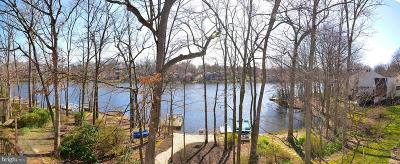 Reston Single Family Home For Sale: 1638 Waters Edge Lane
