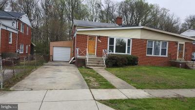 Hyattsville Single Family Home For Sale: 6423 24th Place