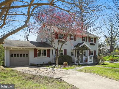 Bethesda, Chevy Chase Single Family Home For Sale: 9401 Elsmere Court
