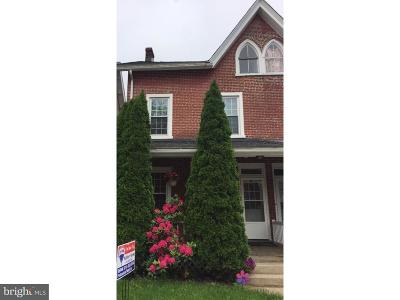 Coatesville Single Family Home For Sale: 52 Pennsylvania Avenue