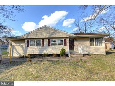 Magnolia Single Family Home For Sale: 639 Beverly Drive