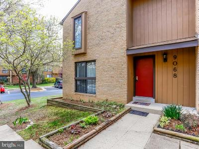 Springfield Townhouse For Sale: 9068 Blarney Stone Drive