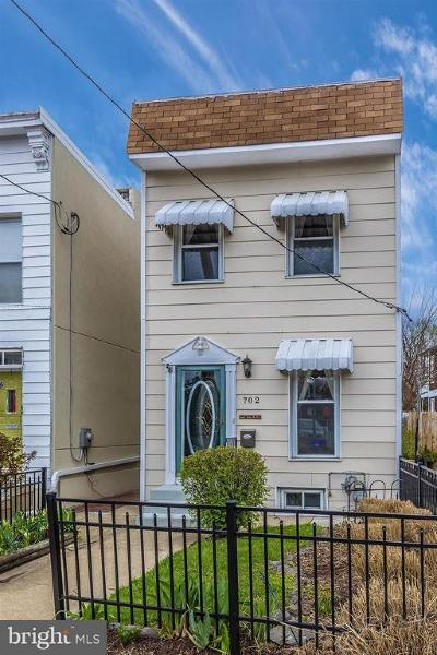 Frederick Single Family Home For Sale: 702 Market Street