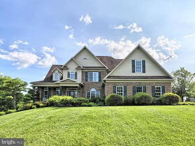 Camp Hill, Mechanicsburg Single Family Home For Sale: 5 Clairburn Drive