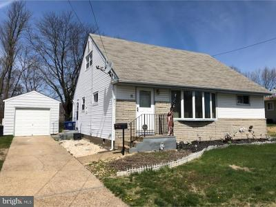 Burlington Single Family Home For Sale: 11 Lamont Road